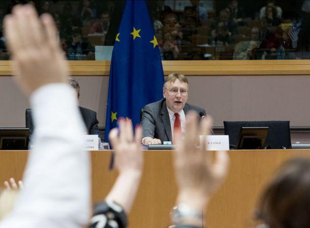 UE-parlamento-Lange-TTIP-votacion_EDIIMA20150706_0637_18