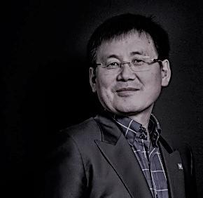 Jung Gwang-Il, el activista que bombardea Corea del Norte con películas deHollywood